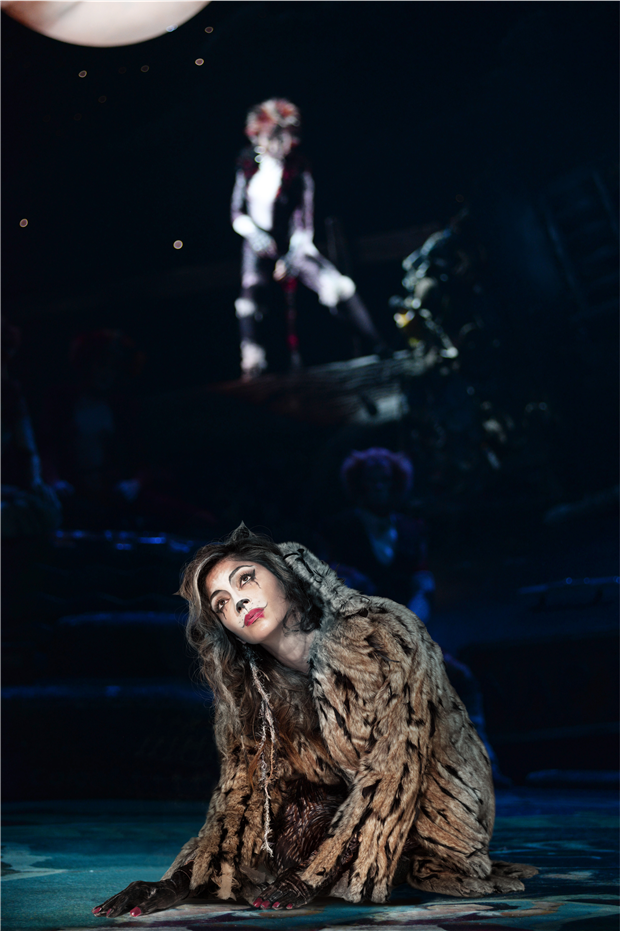 Journal/3.-Cats_LP_2014_with-Nicole-Scherzinger---7157-photo-by-Uli-Weber-crop-v1.jpg